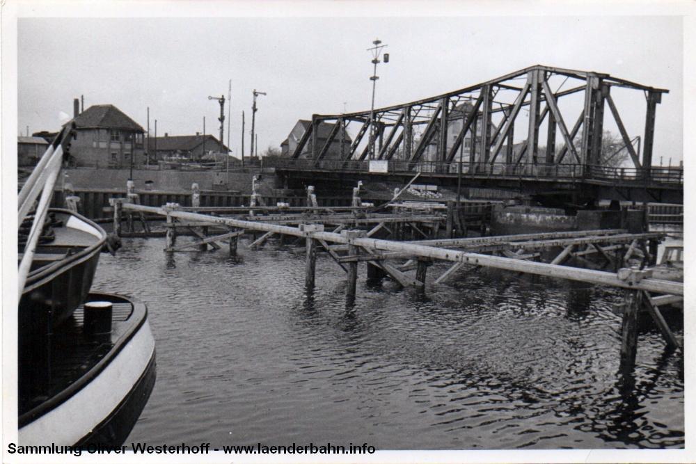 http://www.laenderbahn.info/hifo/20160304/oldenburg_huntebruecke_0501.jpg