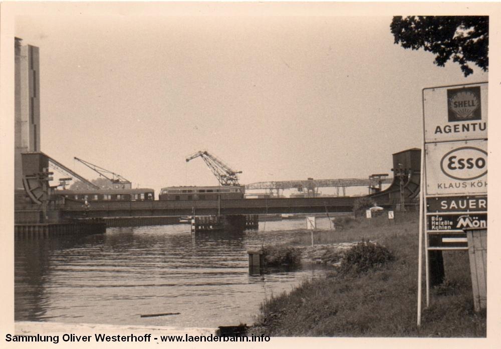 http://www.laenderbahn.info/hifo/20160304/oldenburg_huntebruecke_1004.jpg