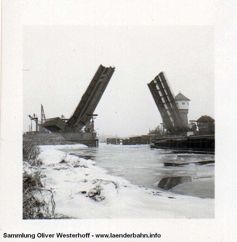 http://www.laenderbahn.info/hifo/20160304/oldenburg_huntebruecke_1006.jpg