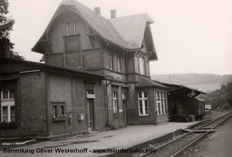 http://www.laenderbahn.info/hifo/FlohmarktfundFotoalbum/1965-ovag/ovag_0001_bielstein.jpg