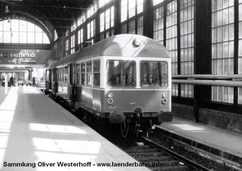 http://www.laenderbahn.info/hifo/FlohmarktfundFotoalbum/1970-kiel-schoenberg/kiel_0002.jpg