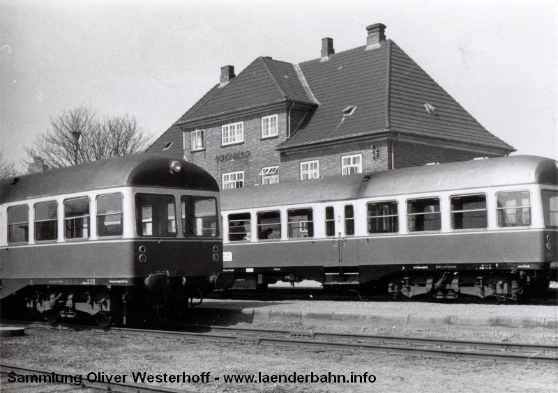 http://www.laenderbahn.info/hifo/FlohmarktfundFotoalbum/1970-kiel-schoenberg/kiel_0003.jpg