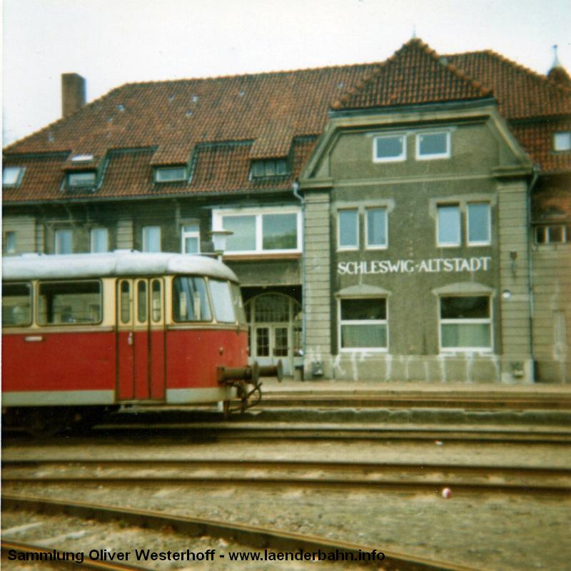 http://www.laenderbahn.info/hifo/FlohmarktfundFotoalbum/1972-Schleswig-Kappeln/image0002.jpg