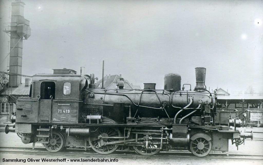 """T 5.1 Nr. 279 """"DONNERSCHWEE"""" in Oldenburg mit der Reichsbahnnummer 71 419."""
