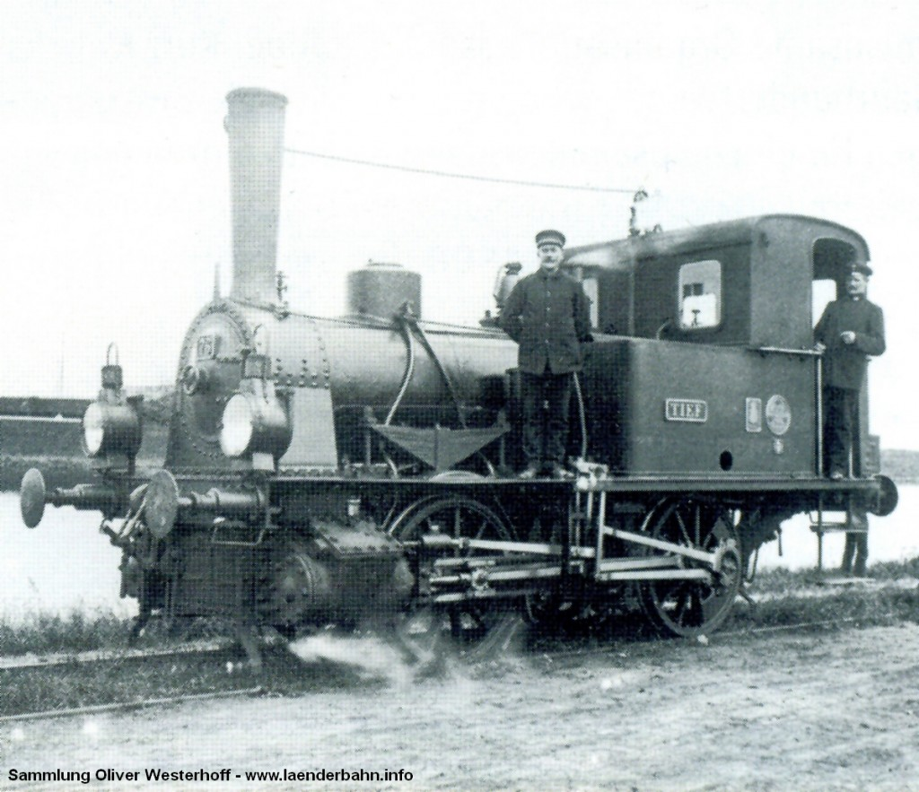 """Die Lokomotive Nr. 76 """"TIEF"""" mit ihrer Besatzung"""