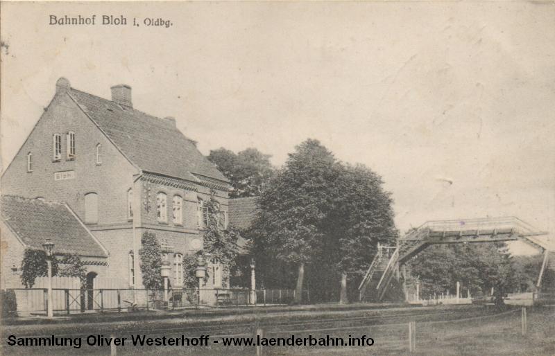Bahnhof Bloh mit der hölzernen Überführung über die Gleise um 1915