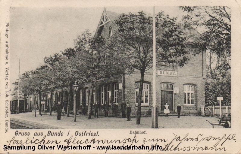 Der Bahnhof Bunde war der letzte auf deutschem Gebiet, etwas weiter wird die Grenze zu den Niederlanden überschritten.