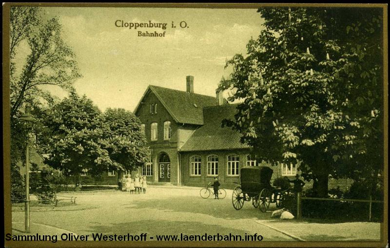 Cloppenburg war Bahnknoten, hier waren nicht nur die Staatsbahnstrecken Cloppenburg – Ocholt und Oldenburg – Osnabrück der G.O.E., sondern auch die Cloppenburger Kleinbahn (750mm) und die normalspurige Kleinbahn Vechta – Cloppenburg angeschlossen.