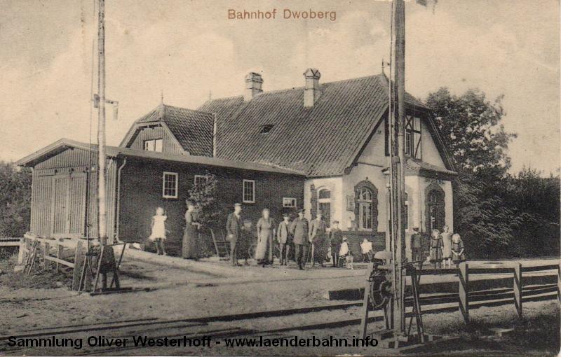 Bahnhof Dwoberg, kurz hinter Delmenhorst in den 1910er Jahren.