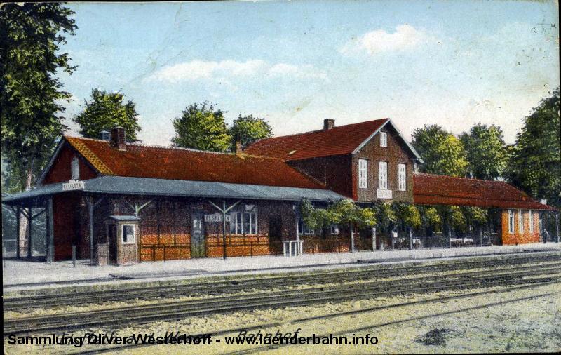 Bahnhof Elsfleth lag direkt an der Weser und wurde bei Hochwasser mehrfach überschwemmt und die Gleisanlagen erheblich beschädigt.
