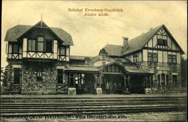 Der Bahnhof Osnabrück war Endpunkt der oldenburgischen Südbahn auf eigenem Gleis, für den Rest bis zum eigentlichen Endpunkt wurden die Gleise der K.P.E.V. mit genutzt.