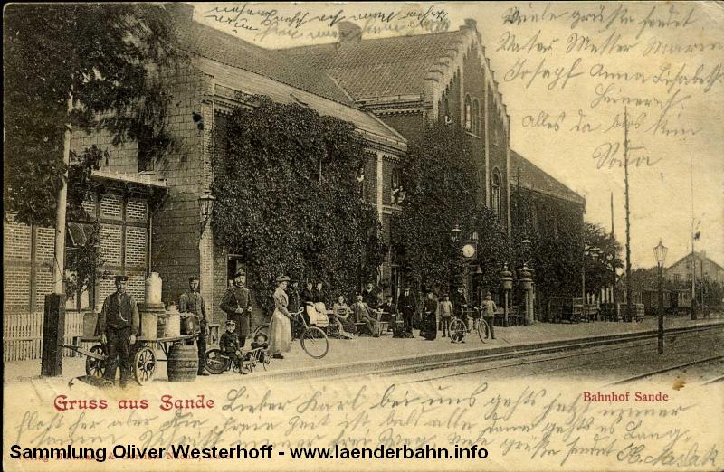 Interessante Ansicht des alten Bahnhofsgebäudes von Sande etwa um 1905 herum