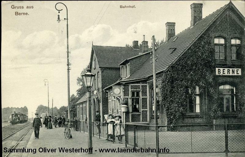 Die 1909 gelaufene Ansichtskarte zeigt den Bahnhof Berne von der Gleisseite.