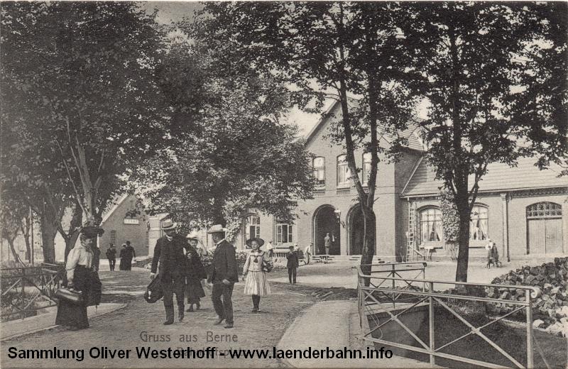 Ansicht des Bahnhofsvorplatzes in Berne von 1909.
