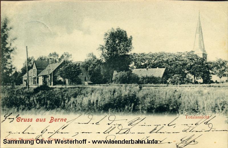 Die 1901 gelaufene Karte gewährt einen schönen Blick auf den Bahnhof und sein Umfeld.