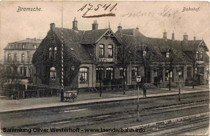 Der Bahnhof von der anderen Blickrichtung als auf dem vorhergehenden Bild.