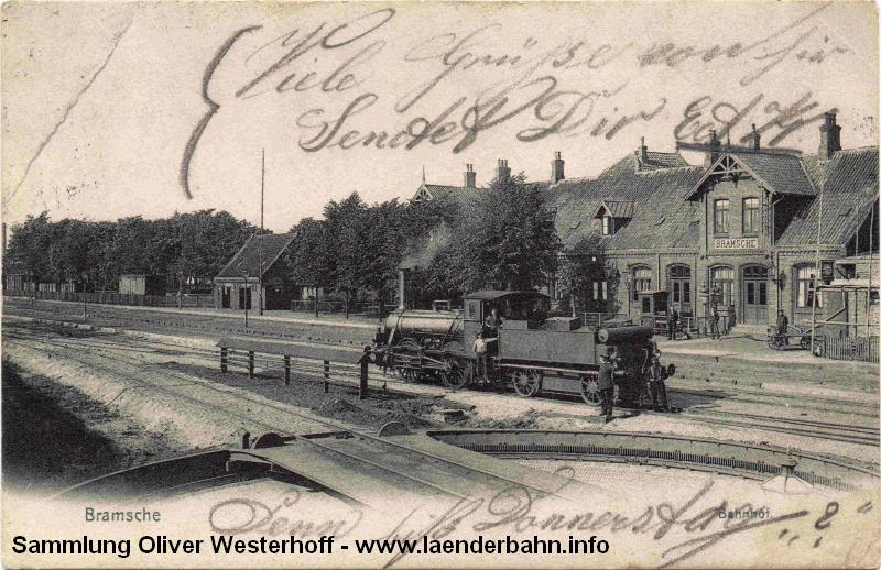 Blick auf den Bahnhof mit einer old. G1 hinter der Drehscheibe, gelaufen 1909.