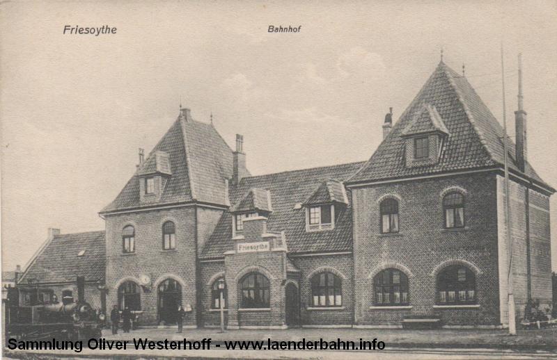 Eine sehr frühe Ansicht des Bahnhofs. An Bahnhof wartet eine oldenburgische T 1.2.