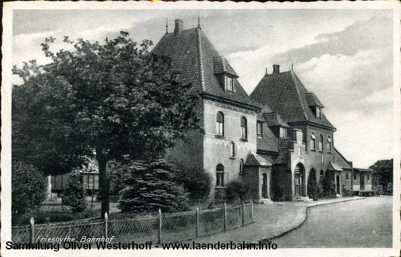 Unverändert zeigt sich der Bahnhof auch später, wie auf dieser nicht gelaufenen Ansichtskarte (vermutlich aus den 1930er Jahren) zu erkennen ist.