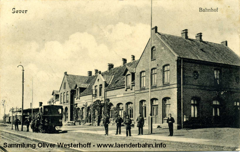 Eine Ansicht des Bahnhofs Jever um 1900 bis 1905.