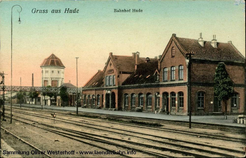Die Seite der Strecke nach Nordenham zeigt diese nach 1909 (Bau des Wasserturms) entstandene Ansicht.