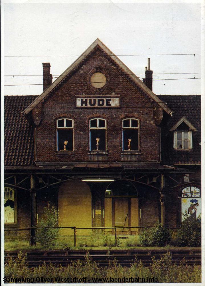 Endzeit auf Bahnhof Hude kurz vor dem Abriss des Bahnhofsgebäudes 1988.