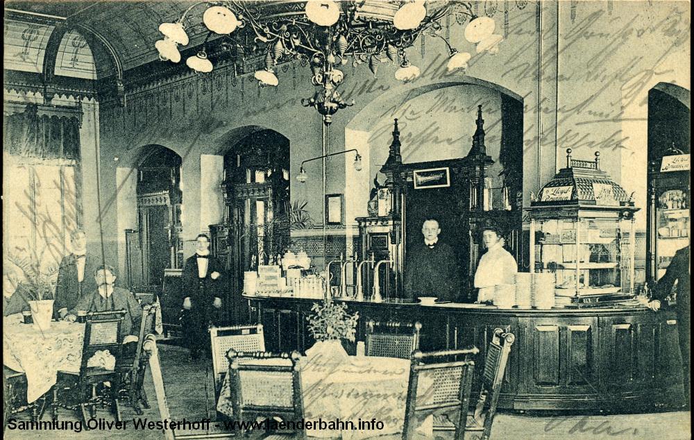Centralbahnhof Oldenburg. Die 1909 gelaufene Karte dürfte durchaus einige Jahre früher entstanden sein. Wir sehen den Wartesaal erster und zweiter Klasse.
