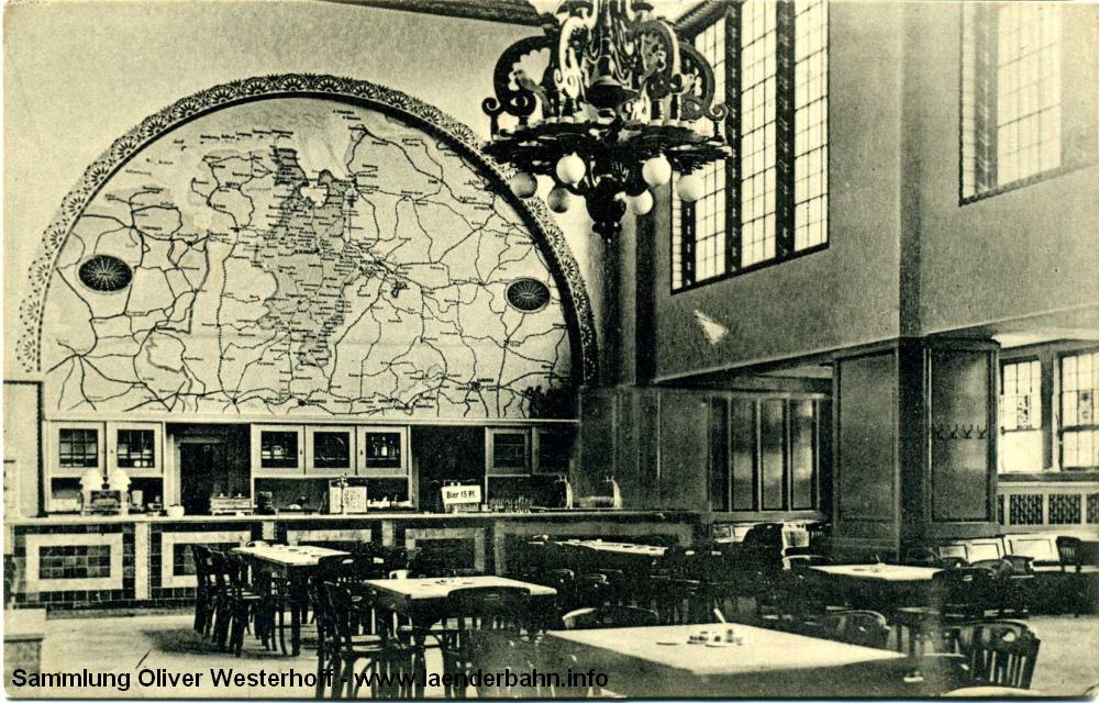 Diese 1915 gelaufene Karte zeigt etwas mehr Details. Ein Bier kostete damals 15 Pfennig...