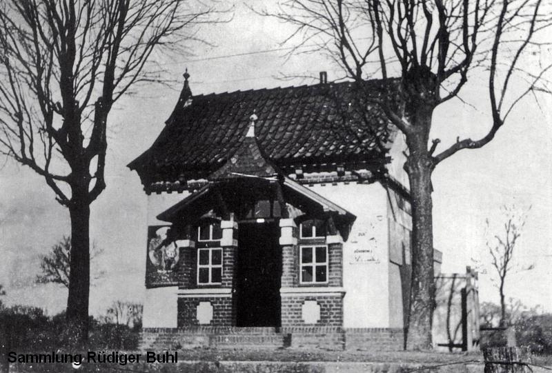 Der Haltepunkt Kranenkamp hatte ein auffälliges Gebäude. Das Bild stellte Rüdiger Buhl zur Verfügung.