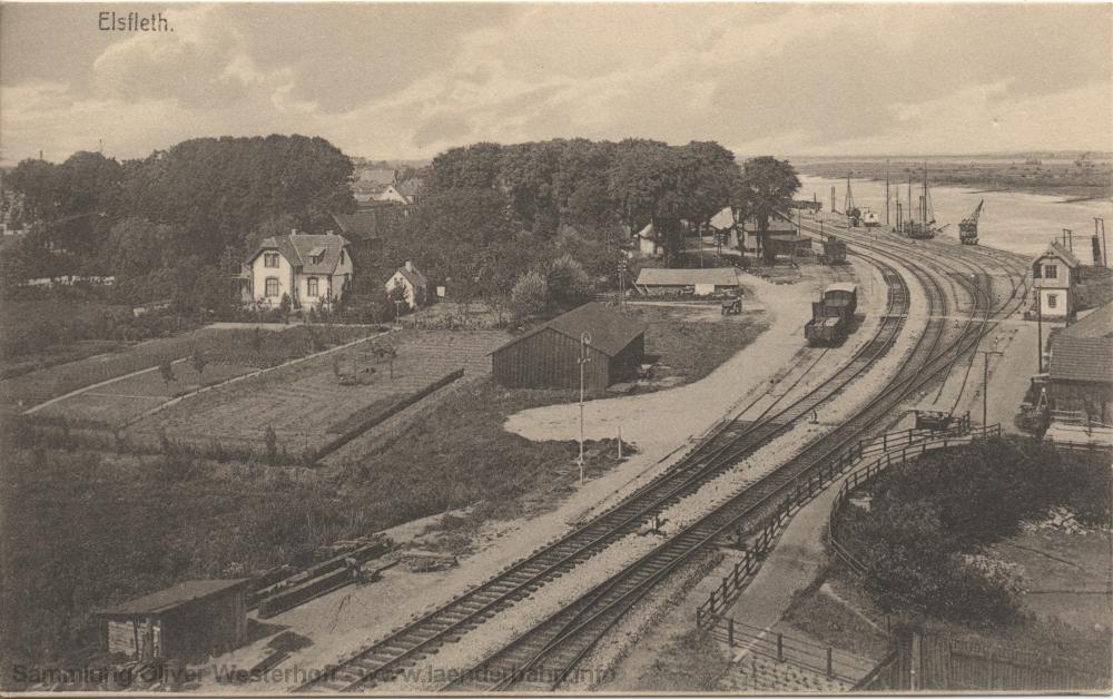 : Die Ansicht der Bahnhofseinfahrt aus Richtung Hude von 1913 zeigt gut die Lage der Gleise direkt am Flussufer, wo sich seinerzeit Kaianlagen befanden.