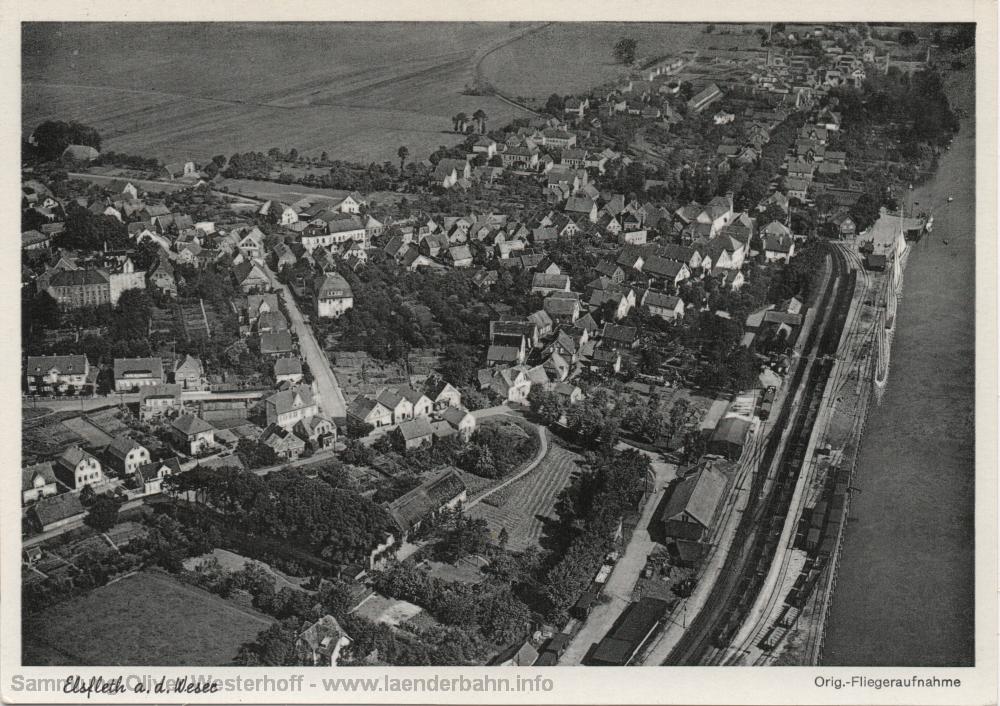Auch das Luftbild von 1953 zeigt noch die eng am Ufer liegenden Gleise.